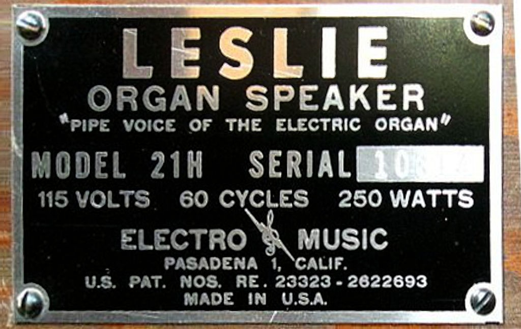 Information plate on the Leslie organ speaker. Image: by eyeliam from Portland, United States [CC BY 2.5 (http://creativecommons.org/licenses/by/2.5)], via Wikimedia Commons