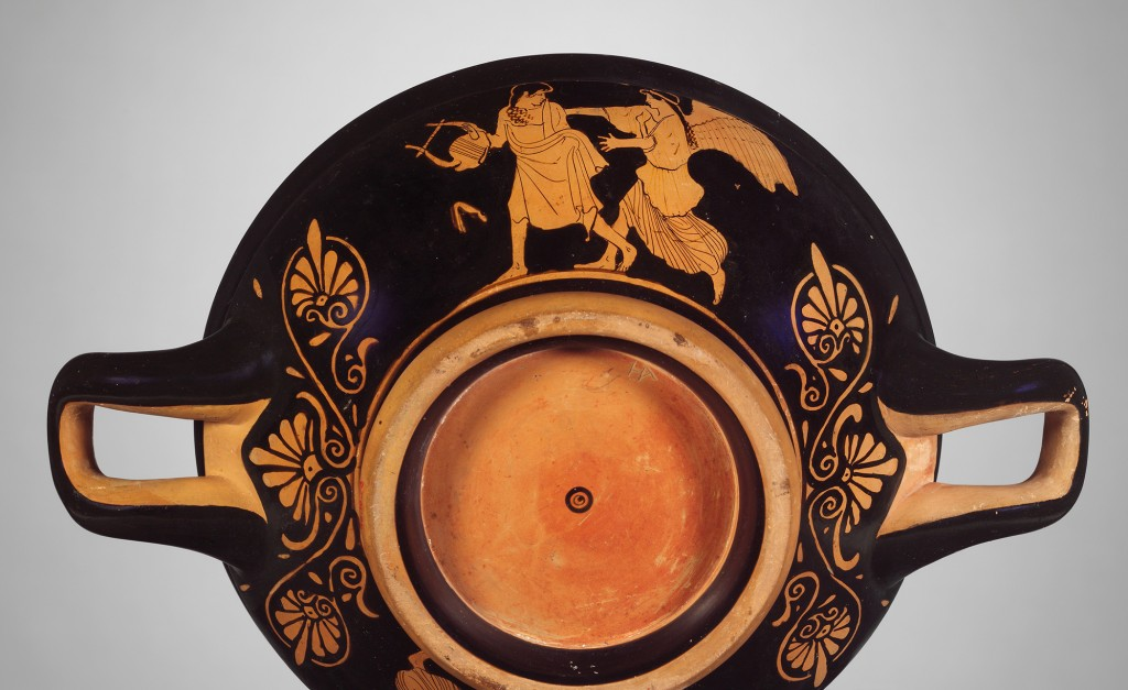 Red-figure stemless kylix by the Penthesilea Painter, ca. 460 B.C. Exterior, Side A: Eos pursuing Tithonos. The Metropolitan Museum of Art, 96.18.76. Purchase by subscription, 1896. Photo courtesy of the Museum's Open Access for Scholarly Content program, www.metmuseum.org.