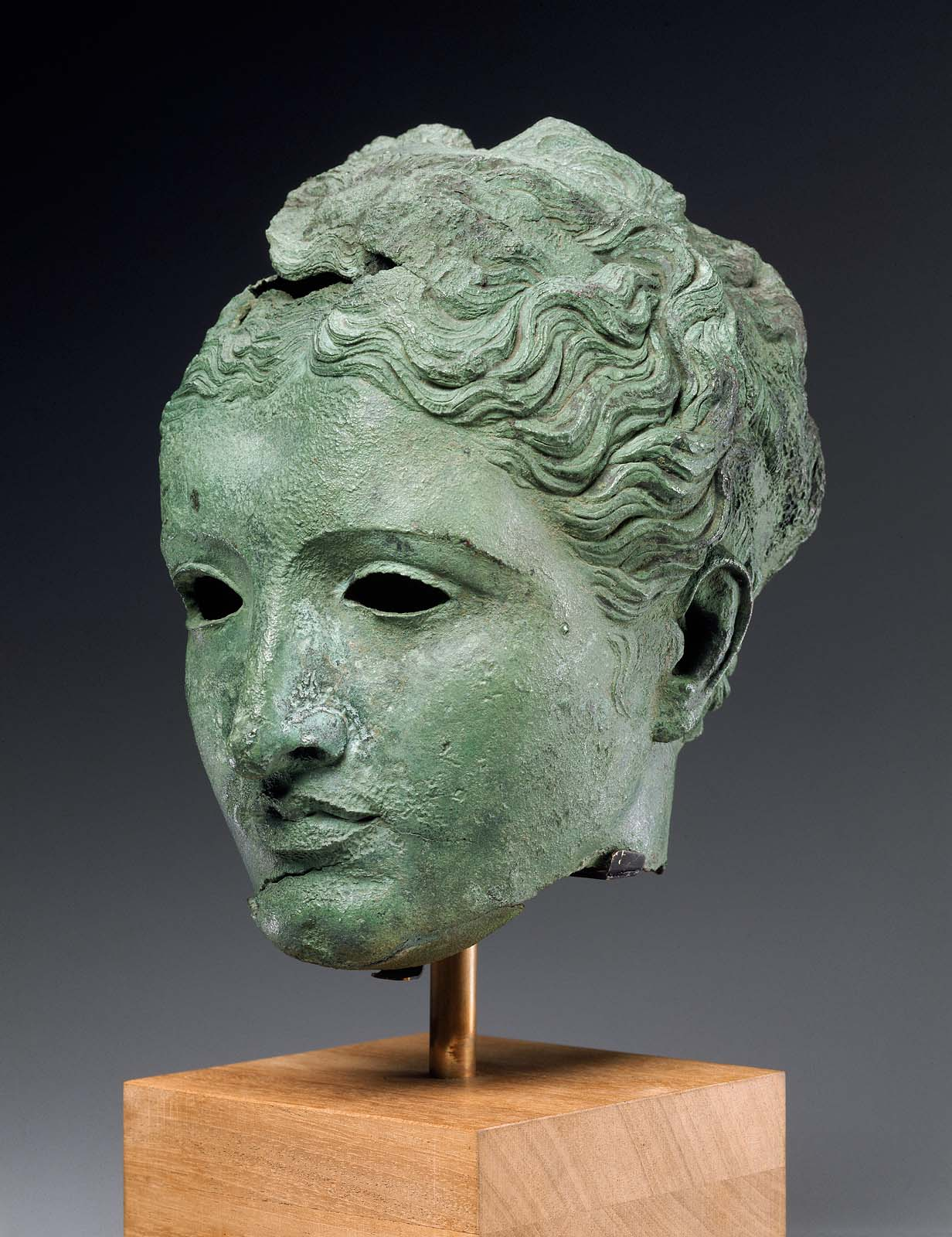 bronze head depicting Arsinoe II, Greek, Ptolemaic Hellenistic Period ca. 300–270 B.C.E.