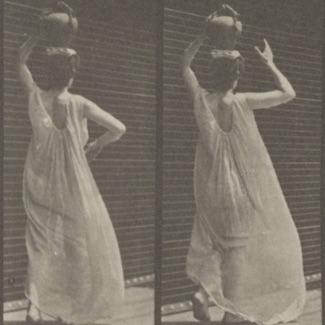 woman-carrying-water-jar-on-head_325
